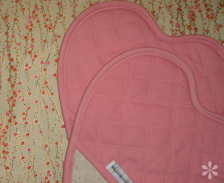 Pinkheartpotholders_1